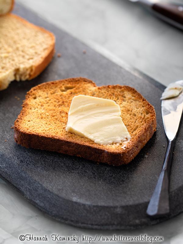 Easy Oatmeal Bread