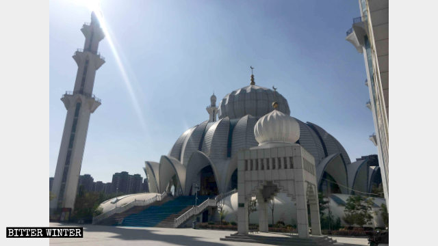 The formerly exquisite Yuehai Great Mosque