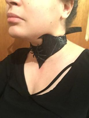 collar side