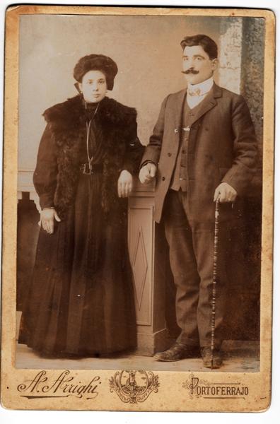 Isolina T. e Achille Braganti - Portoferraio, circa 1910