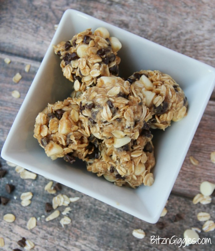 Peanut Butter & Chocolate Oat Bites