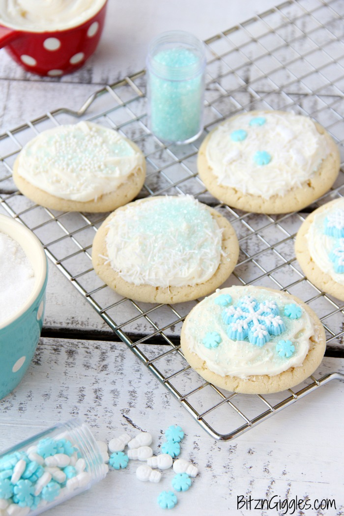 Classic Sugar Cookies - A must-have recipe for cookie lovers who don't like to chill or roll out dough!