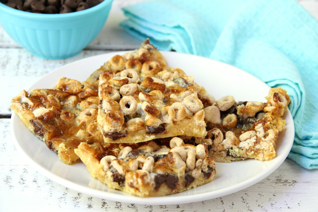Gooey Cheerio & Chocolate Bars