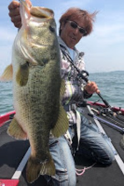Lake Biwa Bass Fishing Guide Page for Overseas Travelers