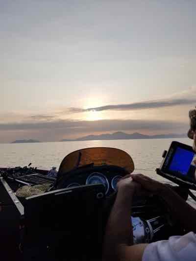 7月30日琵琶湖ガイドは年イチ琵琶湖サマーフィッシングキャンプのチームSの3名様が夏の琵琶湖を満喫!