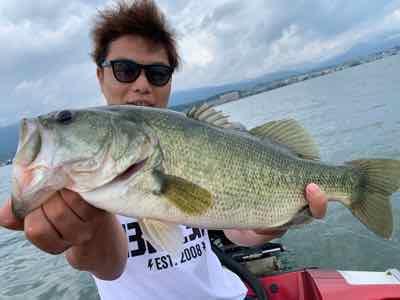 9月11日琵琶湖ガイドはラストにドラマフィッシュ54cmGETNETジャスターフィッシュ3.5DSをワイルドサイドST65Lで