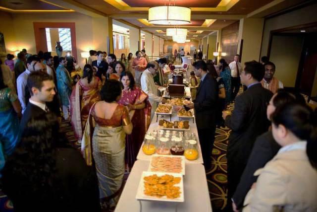 wedding-guests-in-Bangladesh