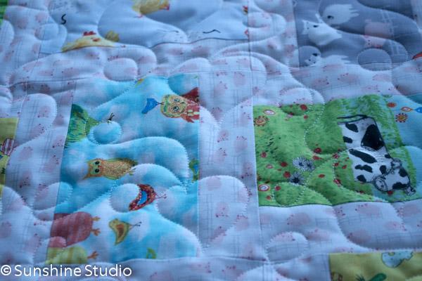 animal-farm-baby-quilt-3