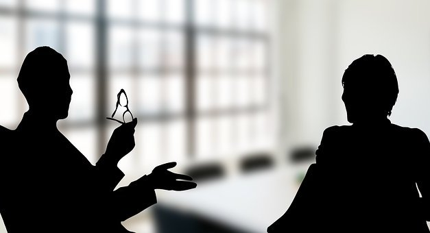 10 Tips to Plan for Your Critical Discussions with Employees