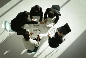 グループワークを勝ち抜く就活ノウハウ5つのテクニック