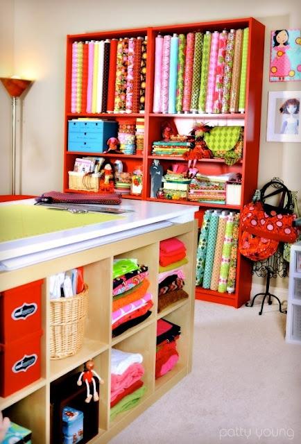 ranger son atelier couture et le penser de manière organisée, lumineux, pratique