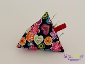 Cours de couture initiation à la machine à coudre, réalisation d'un berlingot porte-aiguille