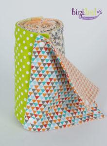 En Loire Atlantique, entre Saint-Herblain et Pornic, un cours de couture débutant dans le thème du zéro déchet grâce à l'essuie-tout lavable. Une tendance actuelle chez les amateurs zero waste. Comment coudre et recycler du tissu, c'est à l'atelier Bizibul à Nantes.