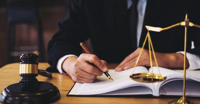 singapore-lawyer