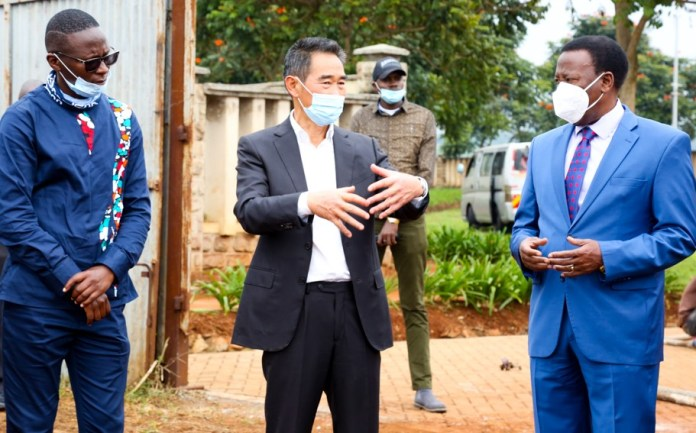 DGC CEO George Koome, CBTG Kenya CEO Tom Kimani Zeng and Tushia Global Holdings Chairman Bishop Mark Kariuki during the launch of Samara Housing in Migaa on Friday 3rd July 2020 - Bizna