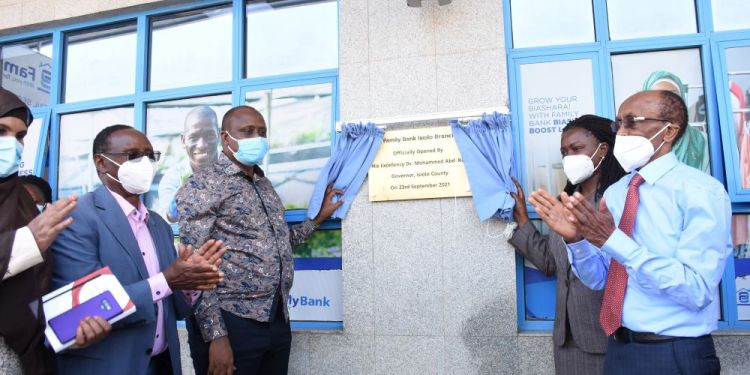 Family Bank Chairman Dr.Wilfred Kiboro, Isiolo County Secretary Dr. Ahmed Galgalo & Family Bank CEO Rebecca Mbithi, Founder T.K. Muya during the official opening of Family Bank's first branch in Isiolo