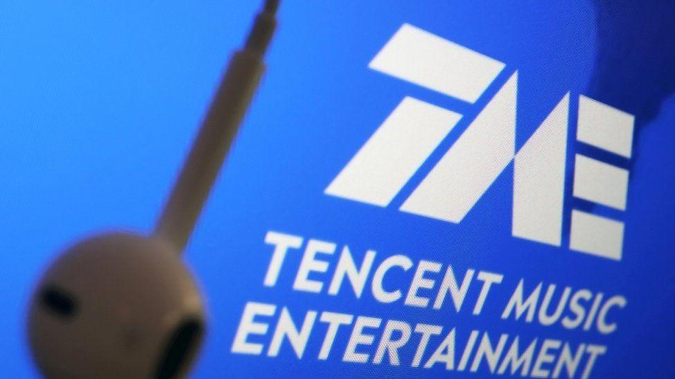 Spadły akcje chińskiego giganta Tencent po banie na umowy muzyczne