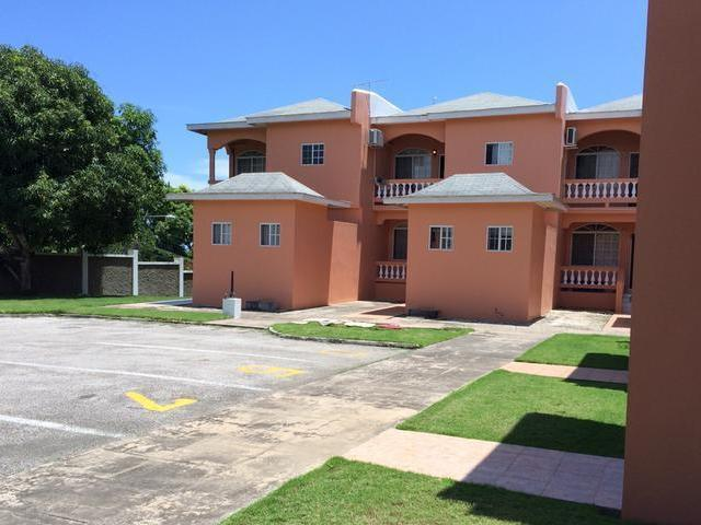 Immaculately maintained 3 bedroom, 3 and a half bathroom townhouse for sale