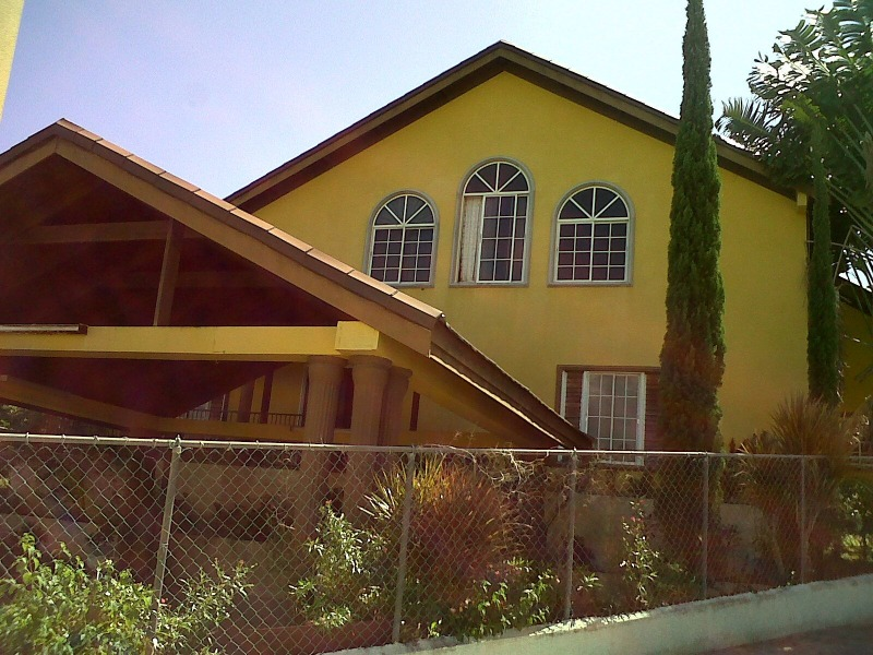 Foreclosure property in May Pen for sale