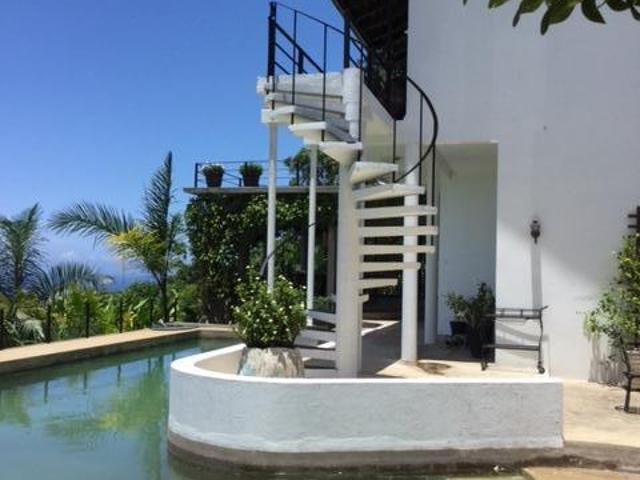 A beautifully maintained 3 bedroom villa in Ocho Rios for sale