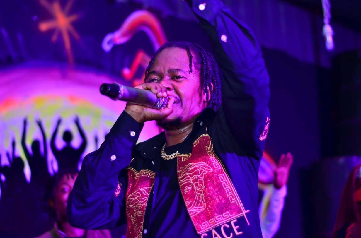 Juacali thrills fans at Wasafi Lounge Show