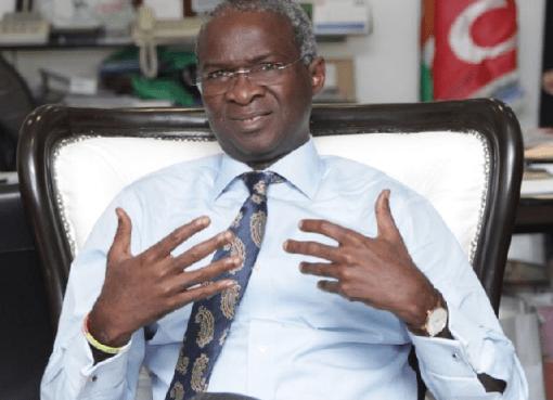 Globacom Agrees To Undertake Reconstruction Of Ota-Idiroko Road - Fashola