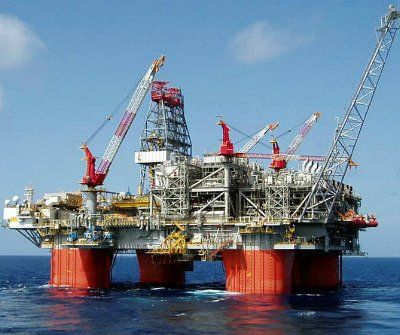 Osinbajo, Investors In Talks To Boost Oil Production