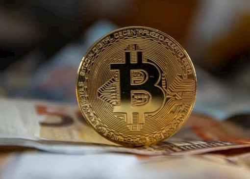 Bitcoin Crosses $60,000 Mark Since April