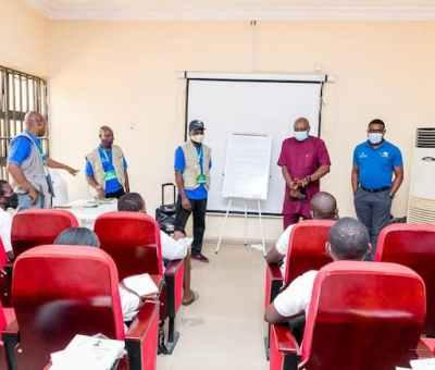 N-Power Creative: Segun Arinze Visits Beneficiaries At Campus