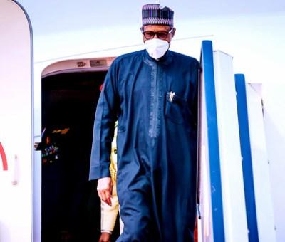 Buhari, Service Chiefs Arrive Maiduguri Amid Tight Security