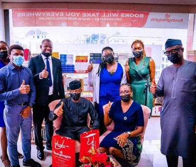 Vice President, Osinbajo Visits Rovingheights Bookstore