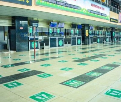 FG Suspeds Passports Of Over 2,000 Travellers Over Violation Of COVID Protocol