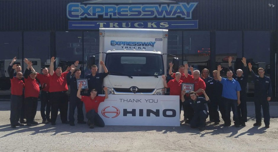 WINDSOR COMPANY - EXPRESSWAY HINO RECEIVES THE 2016 PARTS & SERVICE DEALER OF THE YEAR AWARD