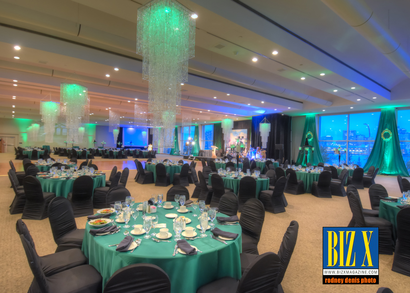 Photos from the 2017 Biz X Awards Gala Another successful Biz X Awards gala is in the books. Congratulation to all our winners and nominees as well.