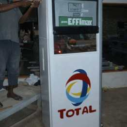A benzinkutas koporsója
