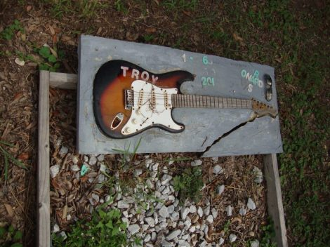 Troy_Guitar_Holt_Cemetery