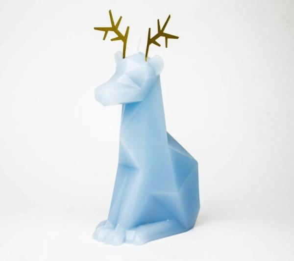 melting-reindeer-skeleton-candles-1112