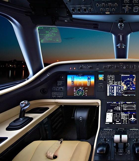 公务机在线-莱格赛500驾驶舱