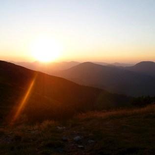 Západ slnka z vrcholu Ďurkovej, 19h.