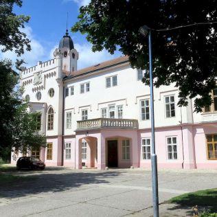 Grassalkovičov palác v Ivanke.