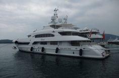 Loďky miliardárov.