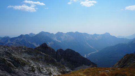 Pohľad do doliny zo Zlej Kolaty. Nebol dopriaty každému, iba odvážnym a vytrvalým.