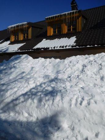 Niekde je aj dosť snehu.