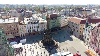 Pohľad z veže na Horné námestie.