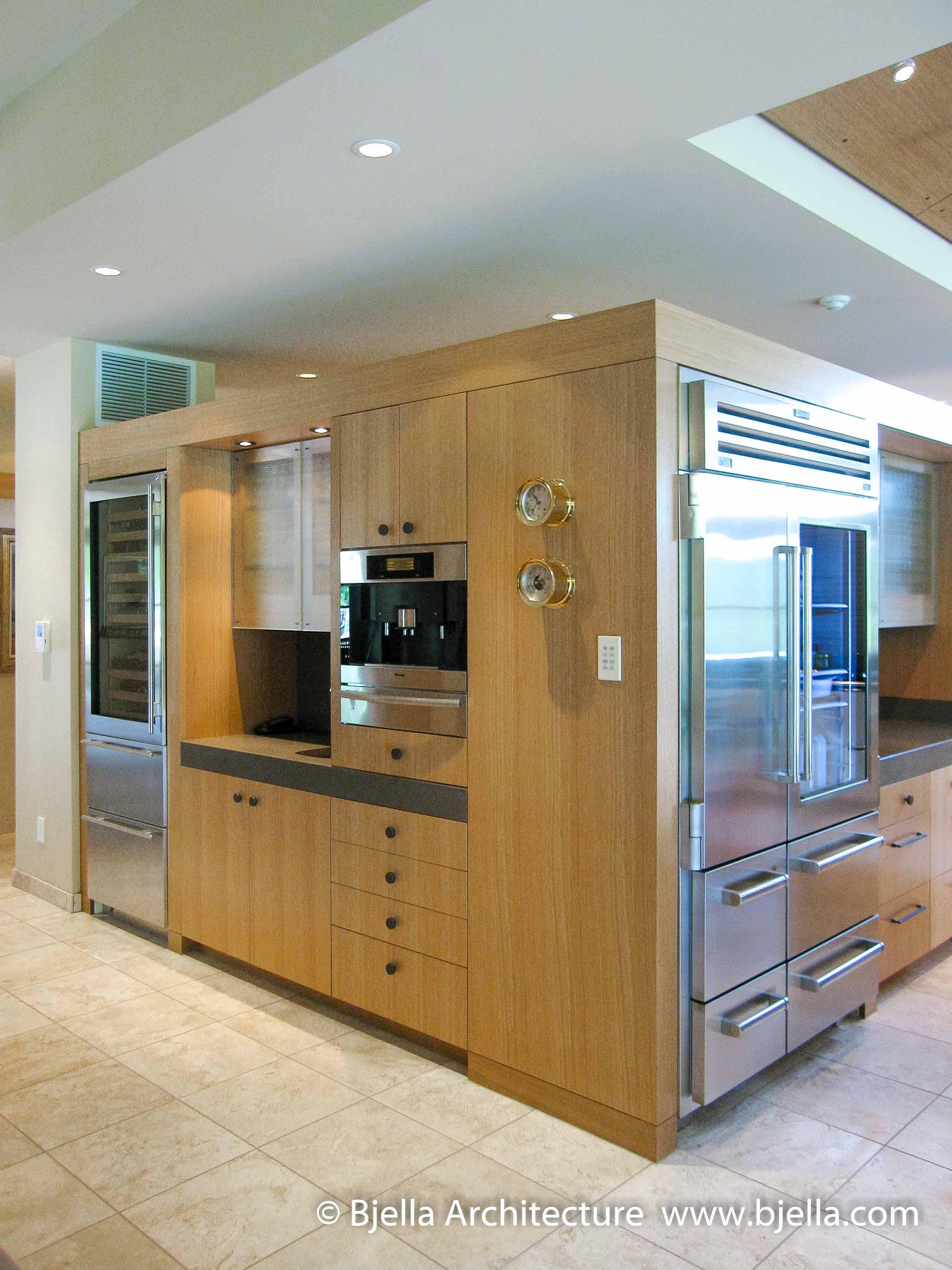 Modern Kitchen with Flower Niche