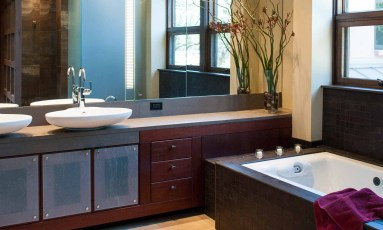 Bjella-Architects-Modern-Bathroom-Mahogany