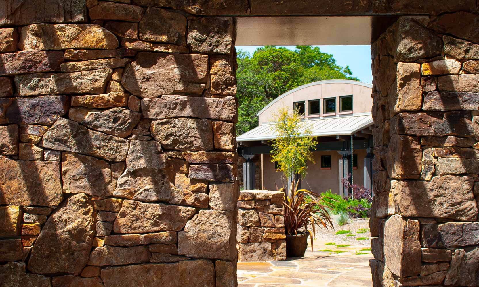 Bjella-Architects-Modern-Stone-Archway