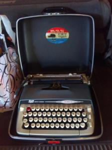 This is a portable typewriter...the original laptop.