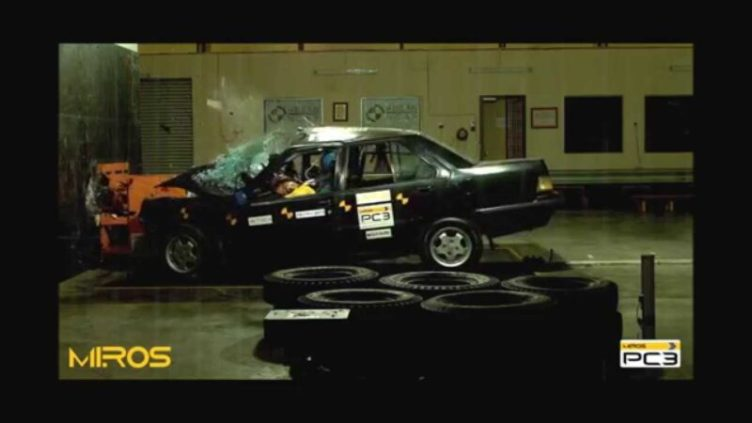 proton saga ancap miros crash test unsafe