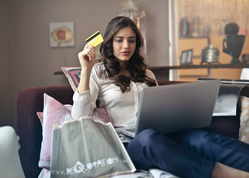 e-wallet credit card banking bank online financial